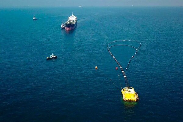1st shipment of Iran oil from Oman Sea to be loaded on Thur.